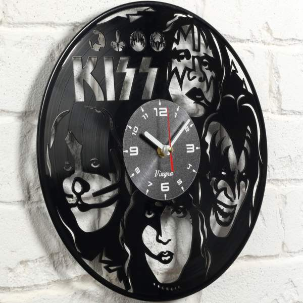 kiss gift wall clock photo